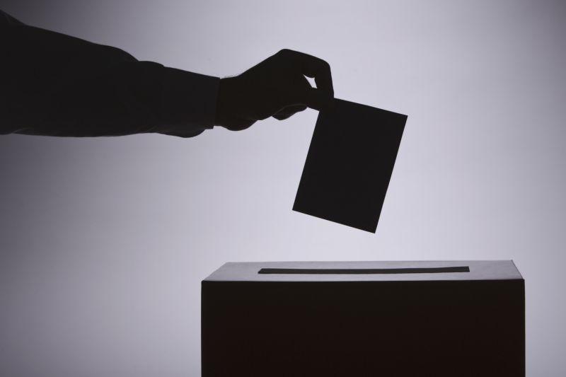 Volebná rukoväť: Čo hodiť do urny v roku 2016